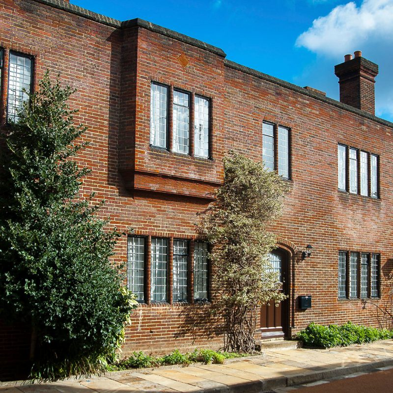 Grade II double fronted house in Chelsea